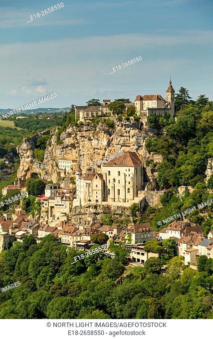 France, Midi-Pyrénées, Rocamadour. A small village built on a cliff face. It is known for the Cité Réligieuse buildings, accessed via the Grand Escalier...