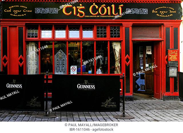 Tis Coili, Irish pub bar, City of Galway, Republic of Ireland, Europe