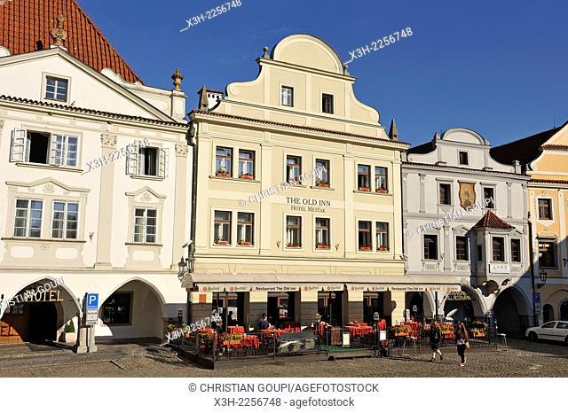 Main Square Namesti Svornosti in the historic centre of Cesky Krumlov, South Bohemia, Czech Republic, Europe