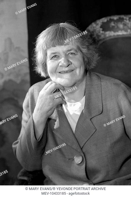 Dr Rachel Pinney (1909 - 1995). Campaigner for Women's rights - activist and an innovator in play therapy