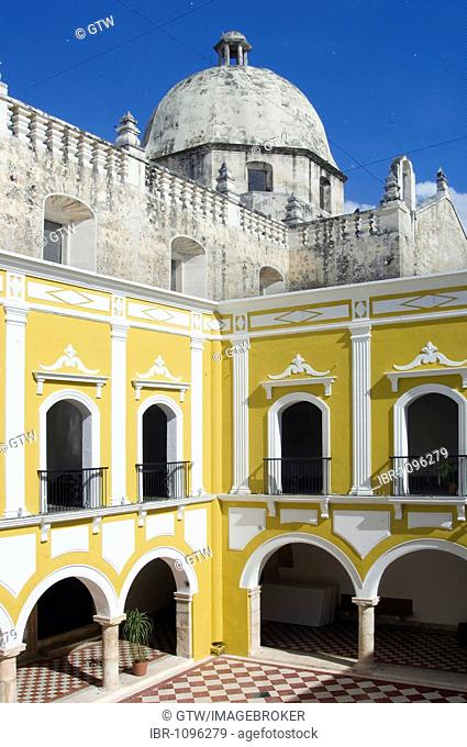 Historic town Campeche, Campeche Institute and San Jose church cupola, Province of Campeche, Yucatan peninsula, Mexico, UNESCO World Heritage Site