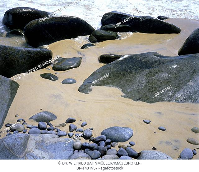 Granite and sand on the beach, Noosa Heads, Noosa National Park, Queensland, Australia