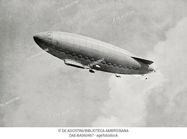 The airship Norge in flight, from L'Illustrazione Italiana, Year LII, No 20, May 16, 1926. DeA / Veneranda Biblioteca Ambrosiana, Milan
