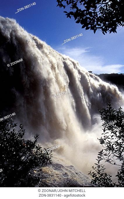 El Sapo waterfall, Canaima, Venezuela