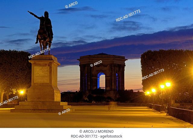 Chateau d\'Eau, equestrian statue of Louis XIV, Promenade du Peyrou, Montpellier, Herault, Languedoc-Roussillon, France