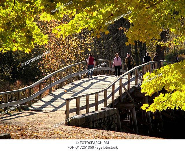 Concord, MA, Massachusetts, Lexington, Minute Man National Historical Park, North Bridge, footpath
