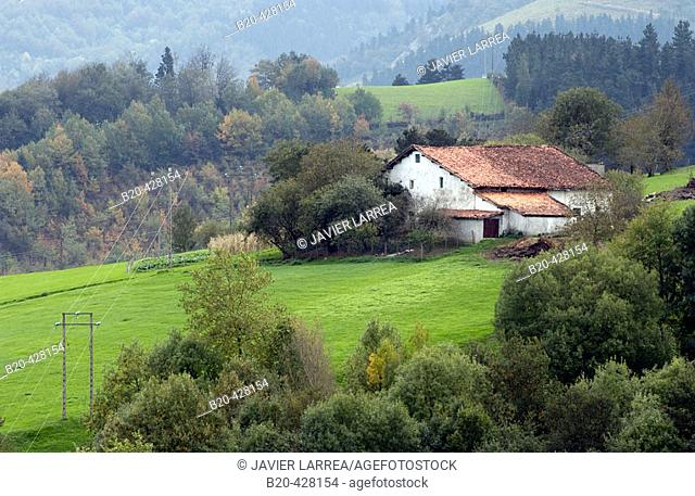 Caserío (country house). Sierra de Aralar. Lazkaomendi. Gipuzkoa. Euskadi. Spain