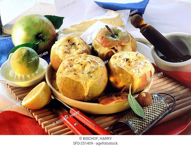 Lothringian Brie apples baked apples stuffed with cheese
