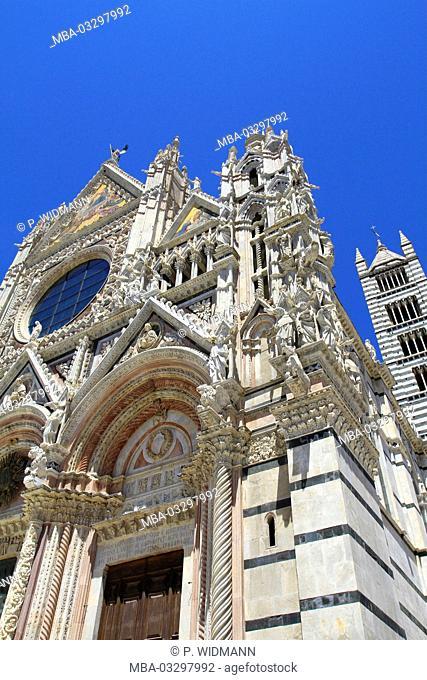 Italy, Tuscany, Siena, Piazza del Duomo, Duomo, Santa Maria Assunta, UNESCO-world cultural heritage