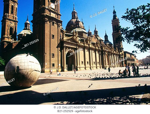 Basílica del Pilar. Zaragoza. Spain
