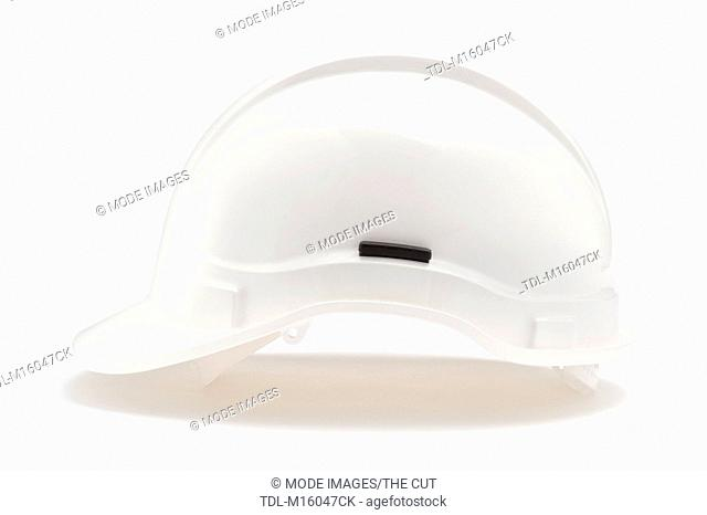 A white safety hat