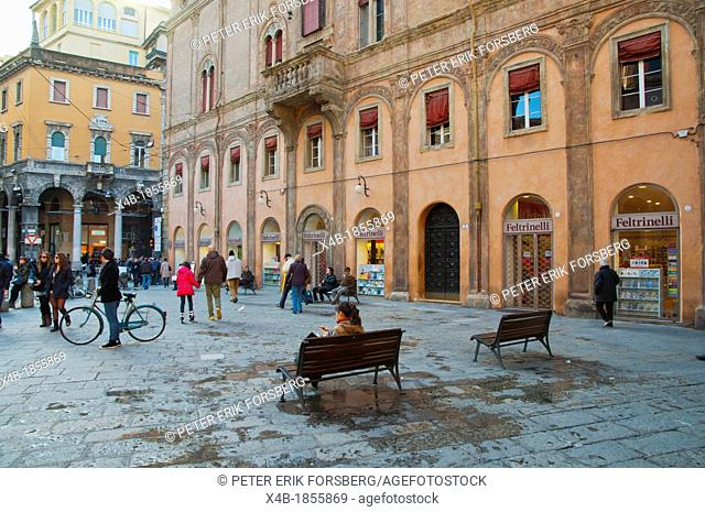 Piazza di Porta Ravegnana square central Bologna city Emilia-Romagna region northern Italy Europe