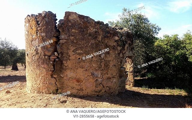 Chozo, Old house of shepherds. Miajadas, Cáceres, Estremadura