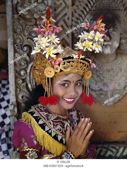 Indonesia, Bali, Legong-Tänzerin,  Folded hands, smiling, portrait  Little one Sundainseln, island, woman, Balinesin, dancer, folklore clothing, folklore