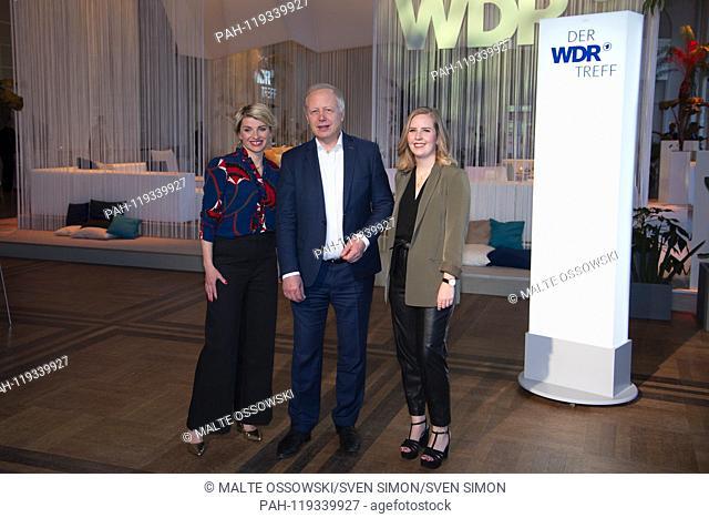 """from left: Sabine HEINRICH, presenter """"""""FrauTV"""""""", Tom BUHROW, director of WDR, Clare DEVLIN, presenter of the program """"""""Maedelsabende"""""""""""