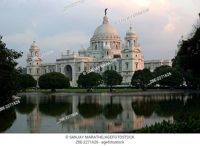 Victoria memorial hall is an elegant, domed white marble edifice in Kolkata (Calcutta), West Bengal, India, then ruled by the British