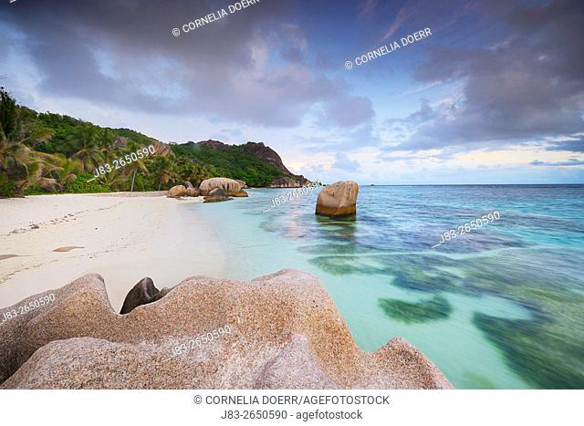 Typical granite rock formations of famous Anse Source d'Argent Beach, La Digue Island, Seychelles, Indian Ocean, Africa