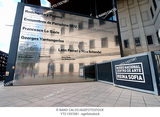The Museo Nacional Centro de Arte Reina SofÌa MNCARS is the official name of Spain's national museum of 20th century art informally shortened to the Museo Reina...