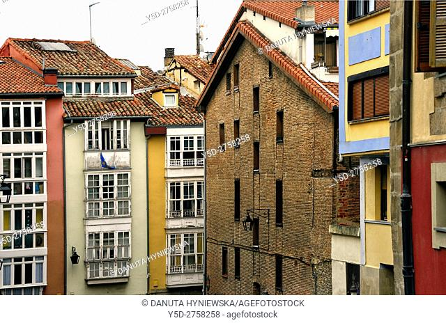 traditional architecture of old town, Vitoria-Gasteiz, Álava, Basque Country (Euskadi), Spain, Europe