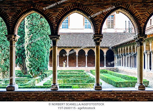 Europe. France. Haute-Garonne. Toulouse. Saint-Sernin church. The cloister