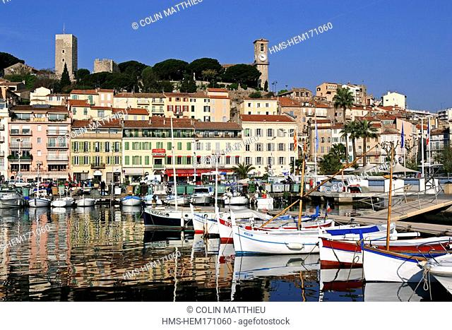 France, Alpes Maritimes, Cannes, harbour and old Cannes, Suquet district