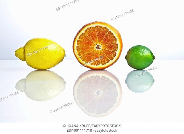 citrus fruits with reflection