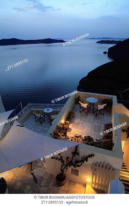 Greece, Cyclades, Santorini, Fira, terrace, sunset