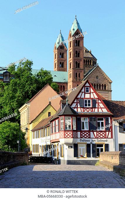 City centre, old town, 'Sonnenbrücke' with cathedral, imperial cathedral, world cultural heritage UNESO, Speyer, Rhinland Palatinate, Germany
