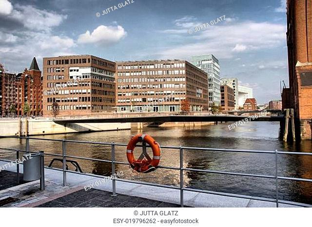 Modern und Alt Hafencity HDR