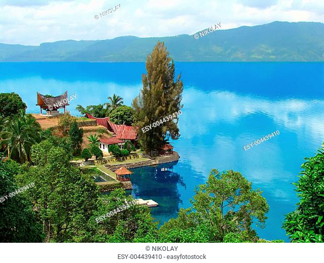 Lake Toba. Tuk Tuk. Timbul