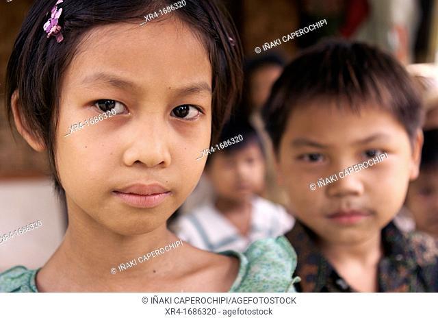 Kids, Hsipaw, Shan State, Myanmar, Burma, Asia