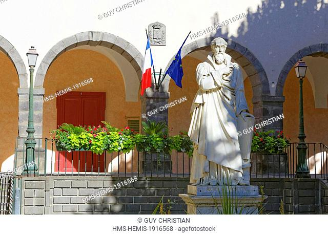 France, Puy de Dome, Aigueperse village, Michel de l'Hospital statue in the old Town Hall