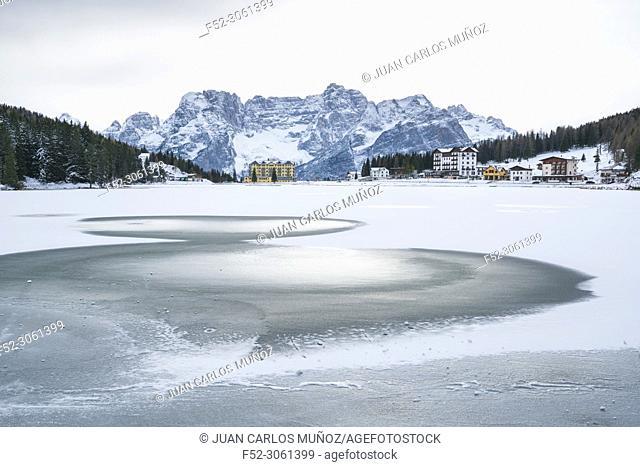 Lake Misurina, Belluno province, Dolomites, Unesco World Heritage Site, Italy, Europe