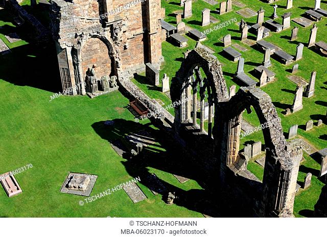 Scotland, Highland, Elgin, part of the ruins of the cathedral and cemetery, gothic transept basilica, called Light of the North