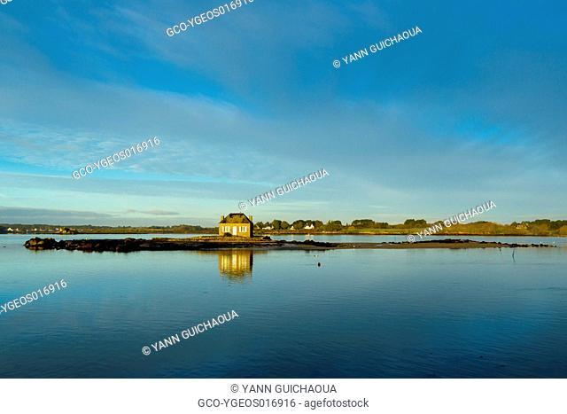 France, Brittany, Morbihan,the island of Saint Cado de Belz in the Ria d Etel