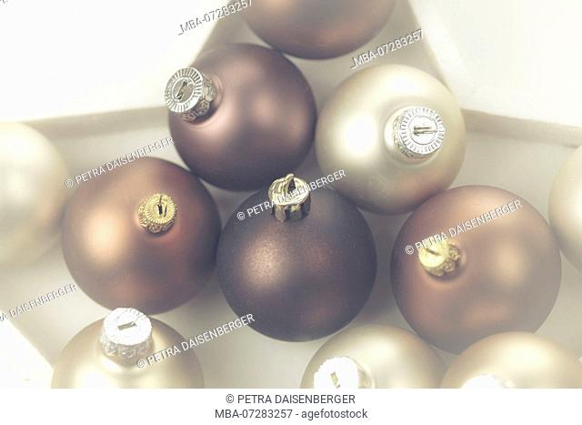 Christmas balls as table decoration with star