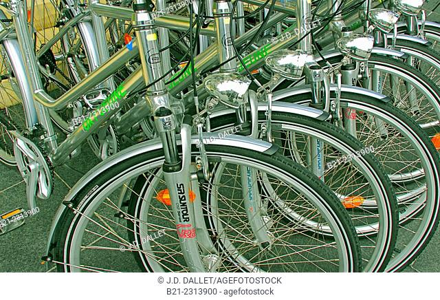 Oxy'Jeune bicycles for city use, Bordeaux, Gironde, Aquitaine, France