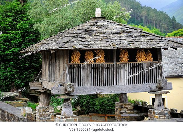 Spain, Asturias, Taramundi, Horreo, traditional granary