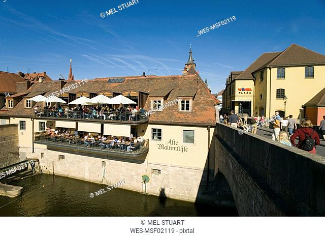 Germany, Wuerzburg, Restaurant near Old Main-Bridge