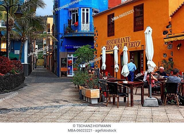La Palma, Canary Island, restaurant in the fishing port of Puerto de Tazacorte, Restaurante Taberna del Puerto