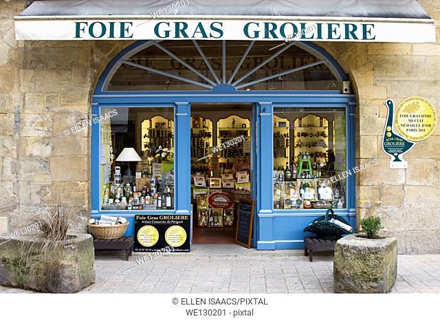 Attractive display in window of Foie Gras shop in Sarlat, Dordogne region of France