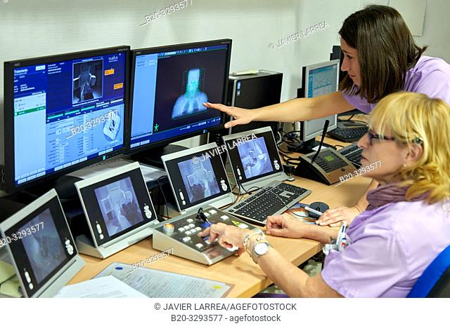 Linear accelerator, Radiotherapy, Oncology, Hospital Donostia, San Sebastian, Gipuzkoa, Basque Country, Spain