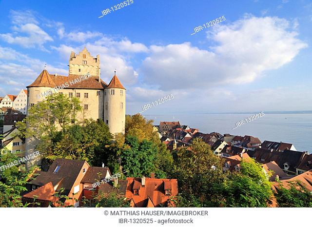 View of the Old Castle and town of Meersburg, Lake Constance, Baden-Wuerttemberg, Germany, Europe