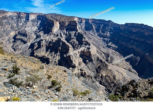 View down into gorge at Jebel Shams, the Grand Canyon on Oman