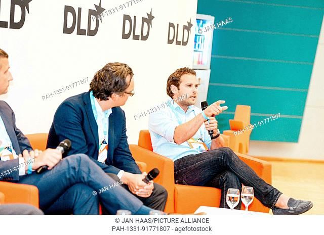 BAYREUTH/GERMANY - JUNE 21: Niolay Kolev (Deloitte Digital, r.) speaks in a panel discussion on the stage during the DLD Campus event at the University of...