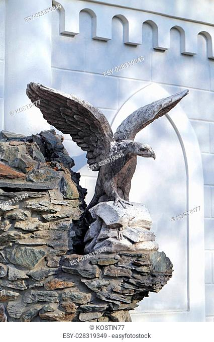 big beautiful statue of an eagle with spread wings