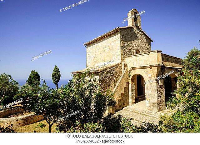 capilla actual, diseñada por Frederic Wachskmann. Monasterio de Miramar, fundado en 1276 . Valldemossa. Sierra de Tramuntana