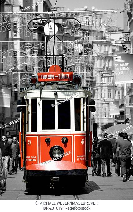 Historic tram, Istiklal Caddesi shopping street, Istiklal Street, Beyoglu, Istanbul, Turkey, Europe, PublicGround