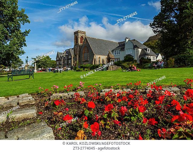 UK, Scotland, Fort William, View over the Parade Garden towards the Duncansburgh Macintosh Parish Church