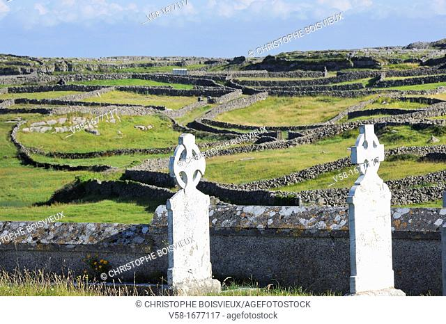 Ireland, County Galway, Aran Islands, Inishmore, Kilmurvey, The graveyard